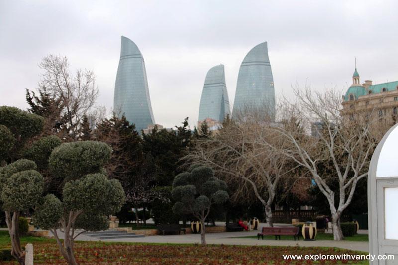 Garden and play area at Baku Boulevard