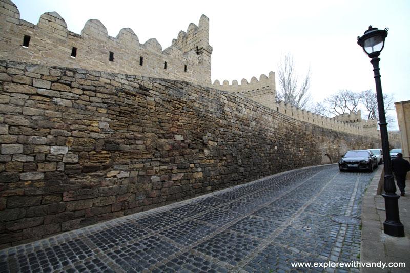 Icheri Sheher walls