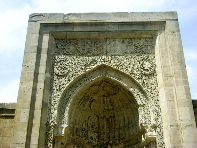 Tomb burial vault, Shirvanshah's palace