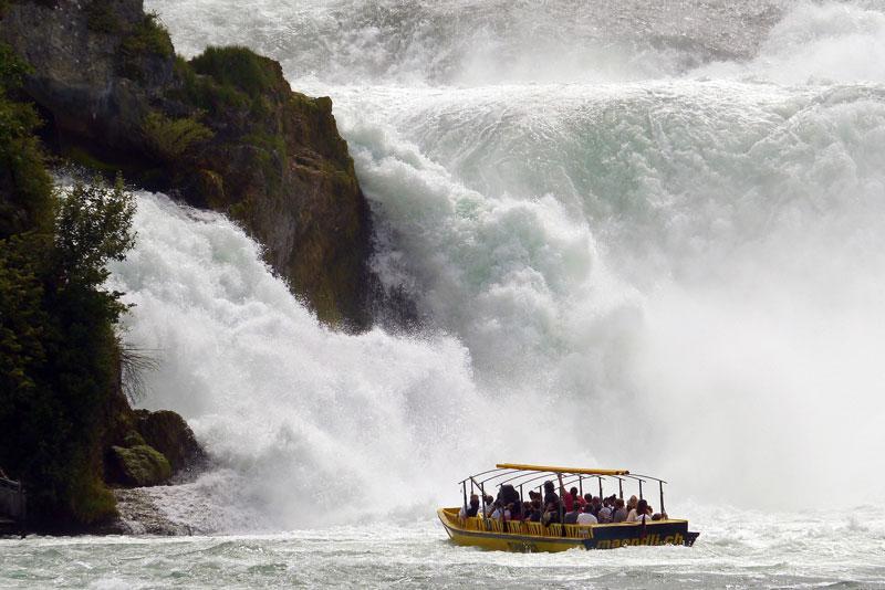 Rhine falls boat ride