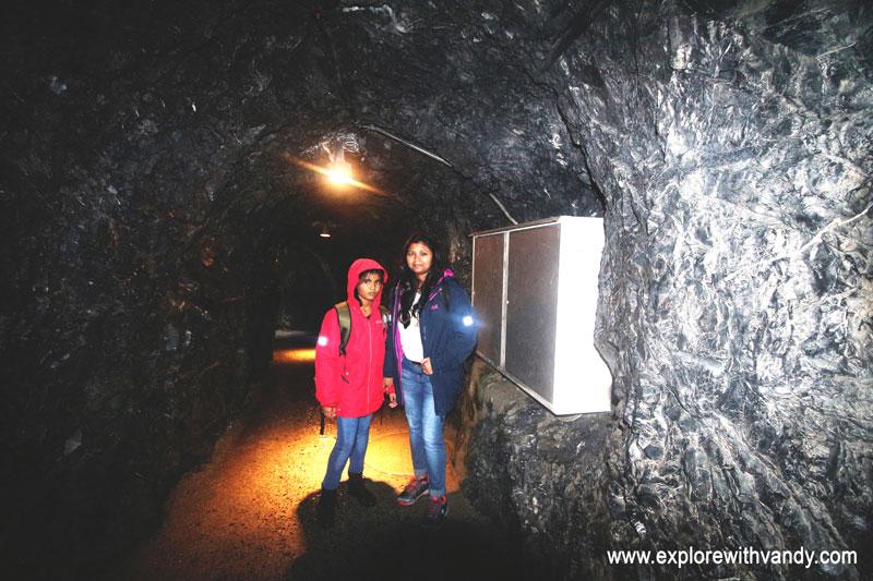 Tunnel towards viewing platform