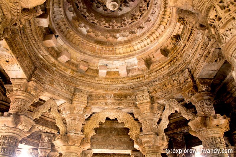 Sabha Mandap Arches