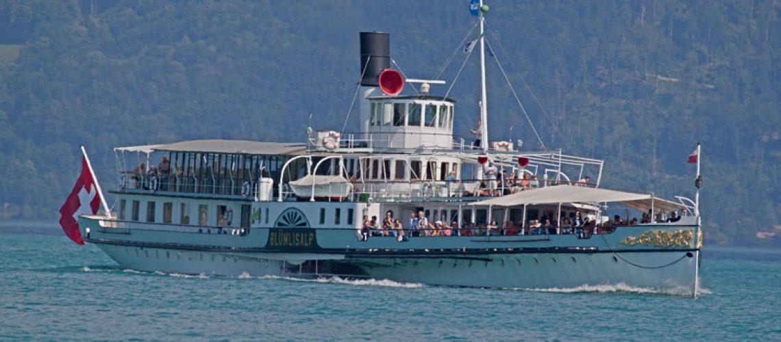 steamboat-lake brienz